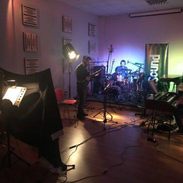 Slow Baritone su radio Jazz In Family